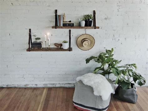 Rak Tangga membuat rak dinding minimalis dengan model tangga sakti