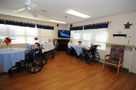take a tour of mosser nursing home in lehigh county pa