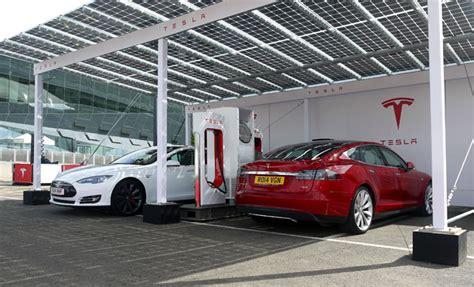 Tesla Powered Car Tesla Model 3 Starts Electric Car Sustainable