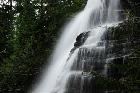 most beautiful waterfalls 20 of the most beautiful waterfalls across the world