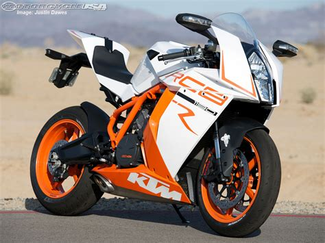 Ktm Rc8 1190 Specs 2013 Ktm 1190 Rc8 R Pics Specs And Information