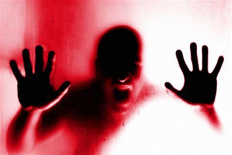 la paura che testo 5 caratteristiche per riconoscere e affrontare lo stalking