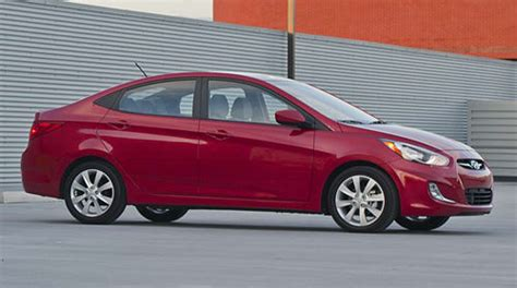 2012 Hyundai Accent Mpg by 2012 Hyundai Accent A 40 Mpg Value At 12 445 News