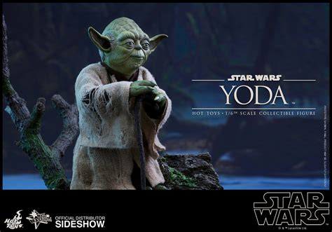 Awesome A Christmas Story Collectibles #5: Star-wars-yoda-sixth-scale-hot-toys-902738-04.jpg