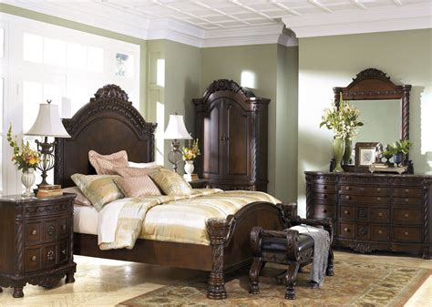 Shore Bedroom Set by Shore Panel Bedroom Set From B553 Coleman