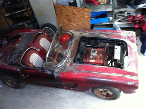 project cars for sale on ebay corvettes on ebay barn find 1960 corvette would make a
