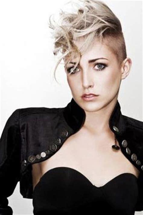 can women with a mahawk hair xut put weave in hair bleach blonde curly punk mohawk fashion hair