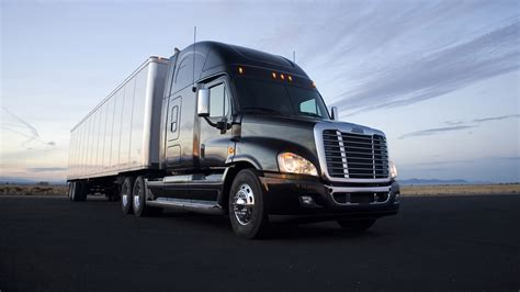 freightliner used trucks the freightliner cascadia tomorrow s semi truck