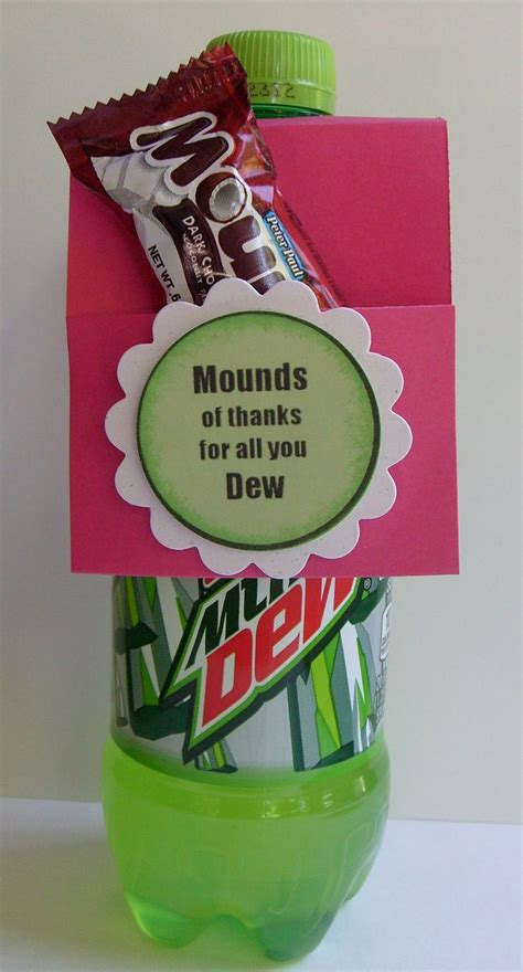 gifts for office staff 25 best ideas about employee appreciation gifts on