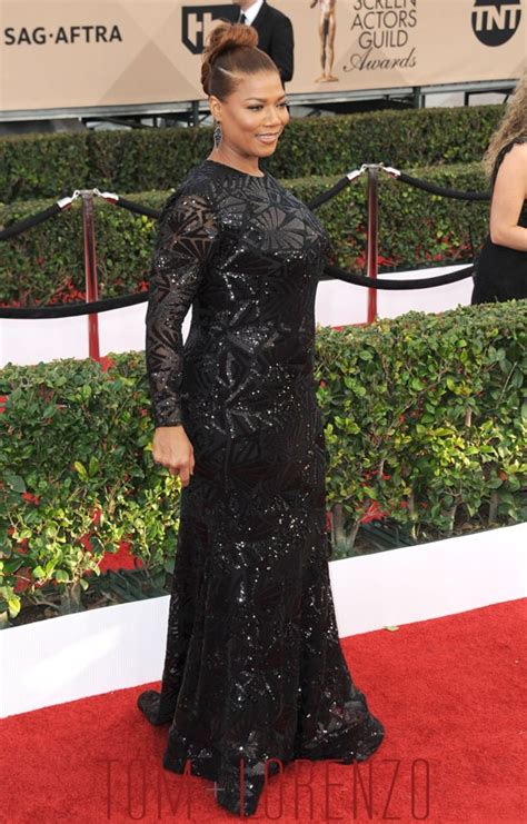 Catwalk To Carpet Sag Awards by Sag Awards 2016 Latifah In Michael Costello Tom
