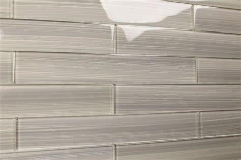 bodesi gainsboro warm gray glass subway tile sle