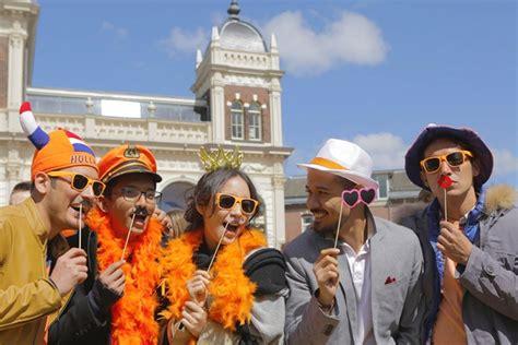 film paling sedih tentang persahabatan negeri van oranje gambarkan cinta dalam balutan