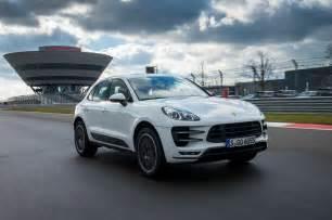 Porsche Macan Turbo White Porsche Macan Turbo 2014 Review Auto Express