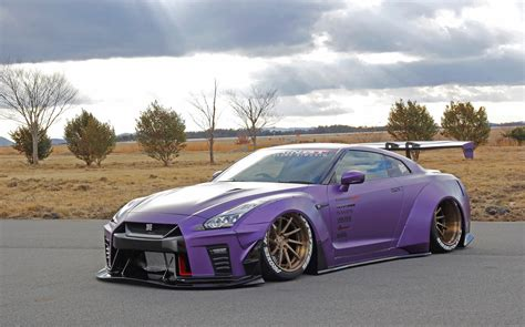 nissan and toyota toyota gt 86 and nissan gt r widebody duo from aimgain