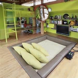 crazy bedroom designs best 20 crazy beds ideas on pinterest awesome beds amazing bedrooms and amazing beds