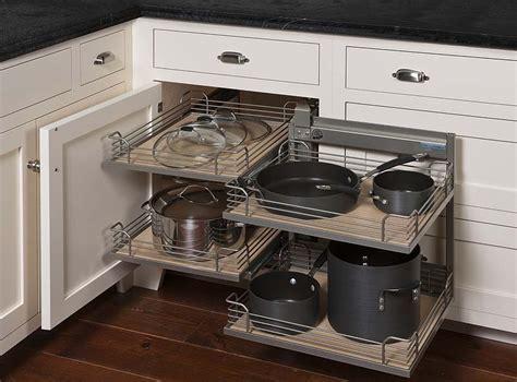Magic Corner   GTA Cabinet Ltd.