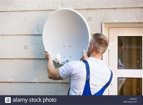 Satellite Dish Technician by Cable Tv Technician Stock Photos Cable Tv Technician Stock Images Alamy