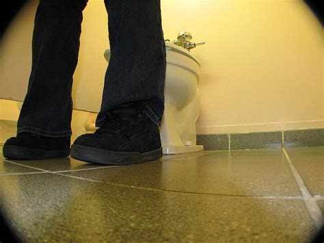 how to poop in public bathrooms 7 minutes to poop sacramento dmv workers protest