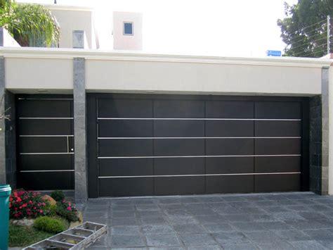 puerta de cochera puertas cochera modernas buscar con portones