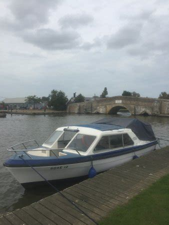phoenix fleet boats phoenix fleet ltd potter heigham england omd 246 men