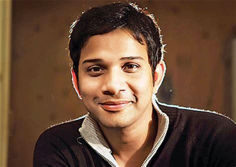 Singer Karthik And His Images