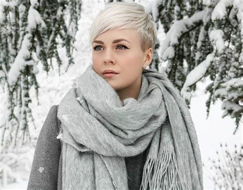 gcan you get a pixie cut with a large forehead best 25 undercut pixie haircut ideas on pinterest