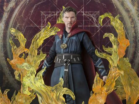 Stock Akhir Figure Doctor Strange doctor strange s h figuarts doctor strange burning set