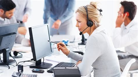 How To Get A Help Desk by Types Of Help Desk Software Which One Will Suit Your
