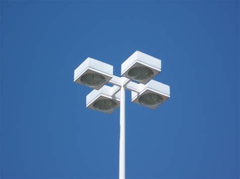 Parking Lights Parkinglot 3 Jpg 800 215 600 Exterior Lighting Reference