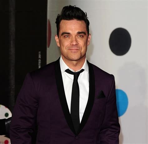 Robbie Williams In Rehab by Robbie Set To Quit Stadiums Rehab Fears Metro News