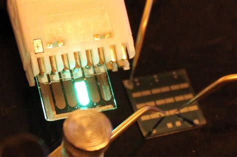 transistor cast device could boost image quality for phones computers and tvs