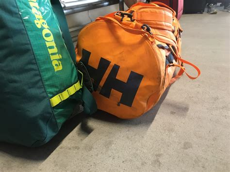 25336 Small Stripe helly hansen duffel bag 2 review outdoorgearlab