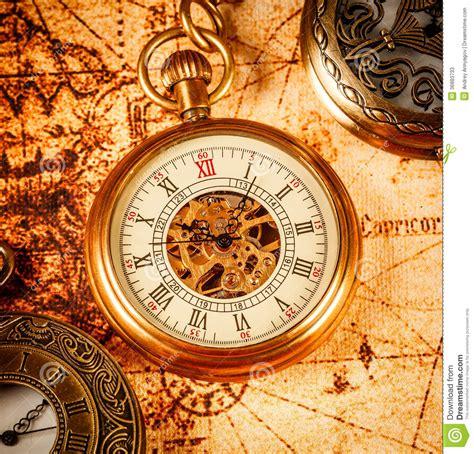 imagenes vintage relojes reloj de bolsillo del vintage fotos de archivo imagen