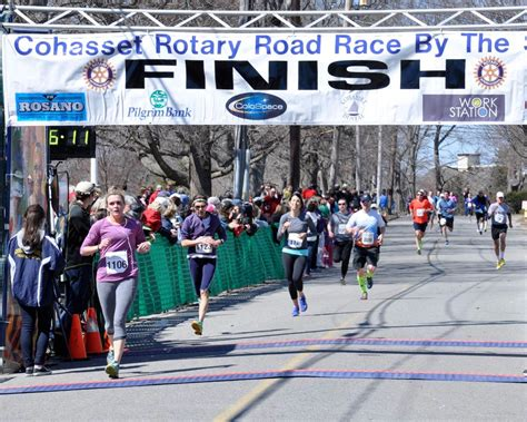 by the sea cohasset road race 2015 cohasset rotary road race by the sea 10k cohasset