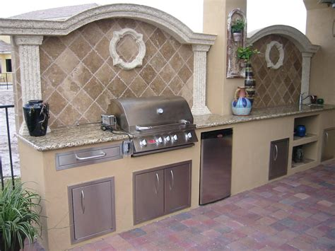 outdoor kitchen backsplash photos outdoor kitchen backsplash kitchen decor design ideas