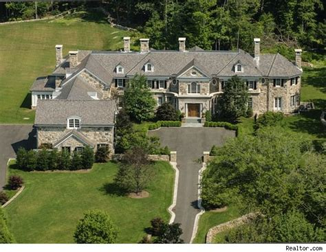 biggest house in america biggest homes in america feast your eyes on some of the most massive mansions on the