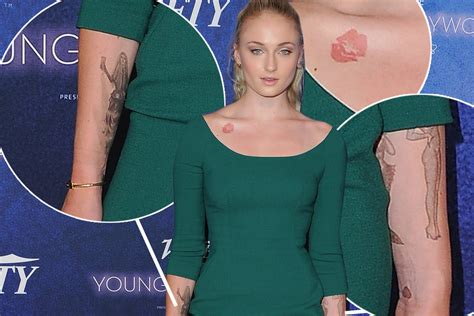 sophie turner tattoo tattooed actors a barrier that has been broken mediazink