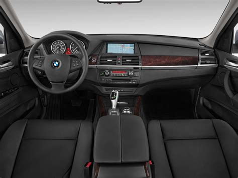 how to fix cars 2011 bmw x5 interior lighting 2013 bmw x5 cockpit interior photo automotive com
