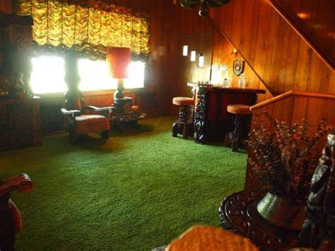 jungle room picture of graceland tripadvisor