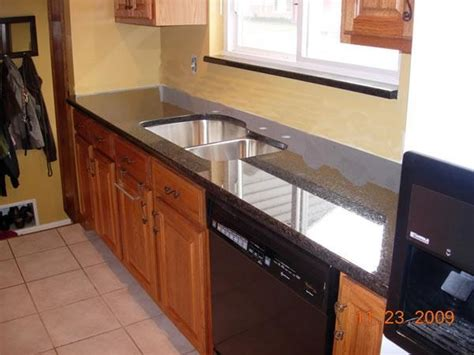 Gritty Granite Countertops by 14 Best Images About Uba Tuba Granite Counters On