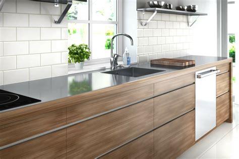 cuisine plan de travail inox photo cuisine avec plan de travail moderne en 65 id 233 es