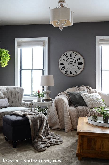 dining room color    leads