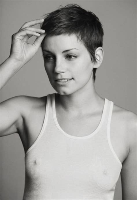 hot short haired girls hot chicks with short hair hair style and color for woman