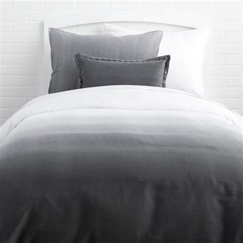 ombre bedding 1000 ideas about duvet covers on pinterest dark bedding