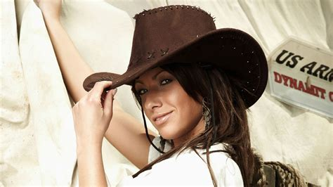 wallpaper girl with hat full hd wallpaper brown hair wide hat cowboy texas