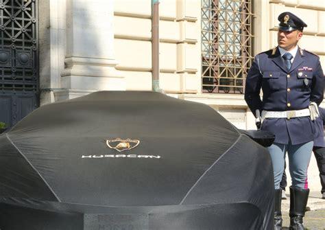 ministero dell interno polizia stradale la nuova lamborghini donata alla polizia stradale