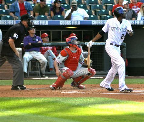 homerun swings cartoon home run swing