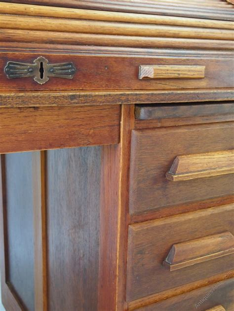Small Oak Roll Top Desk Small Oak Roll Top Desk Bureau Antiques Atlas