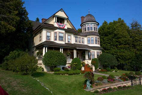mackinac island cottages darley s travel mackinac island carriage tour
