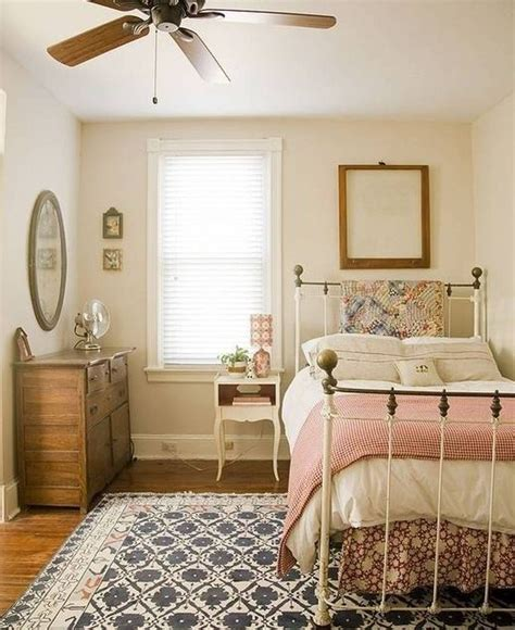 country girl bedroom country cottage bedrooms cottage country bedroom quilts